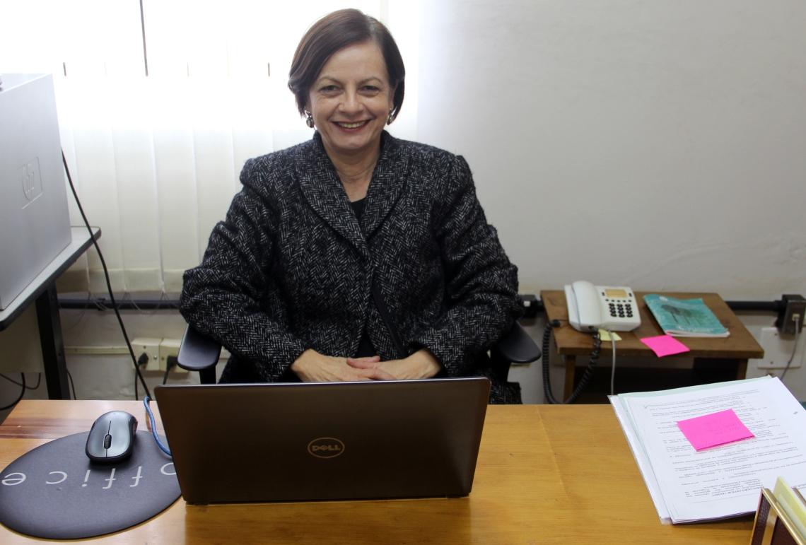 Telma Nunes Gimenez (Assessora de Relações Internacionais)