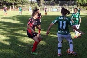 Gabrieal jogando pelo São Paulo FC